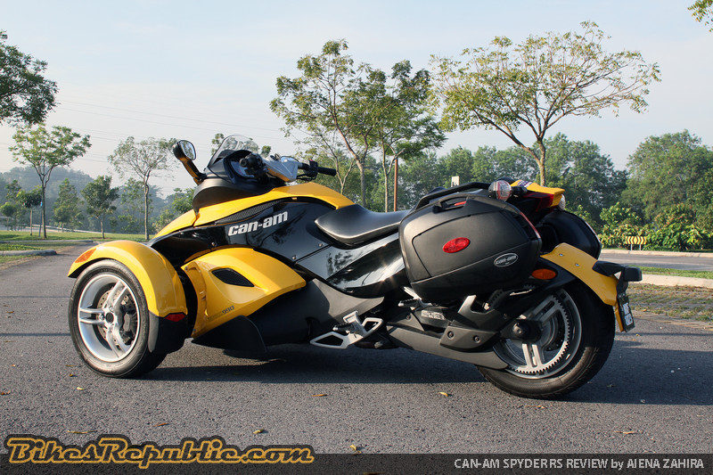 Can Am Spyder Rs Why You Should Buy One Bikes Republic