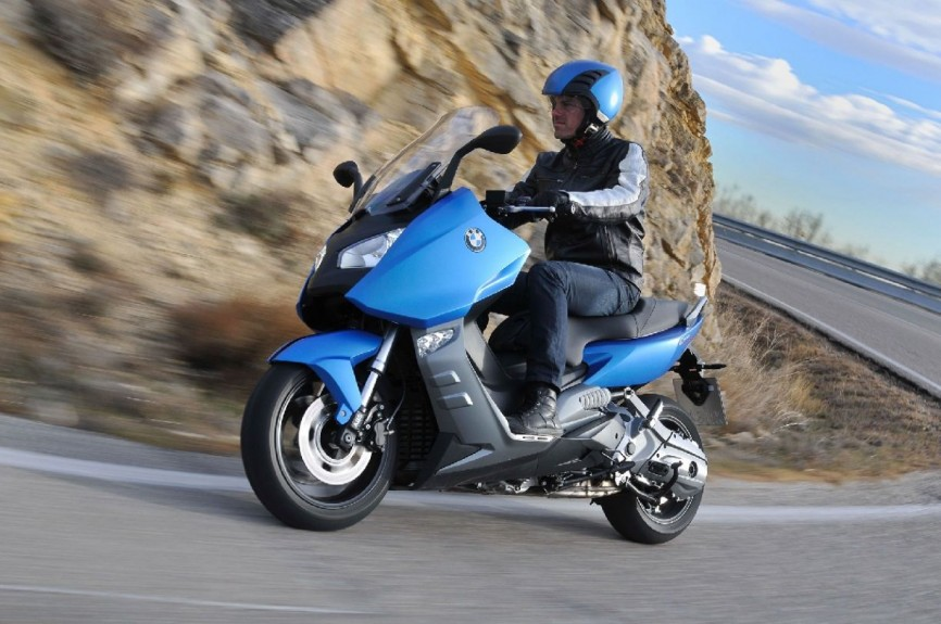 2014-BMW-C600-Sport-Wallpaper