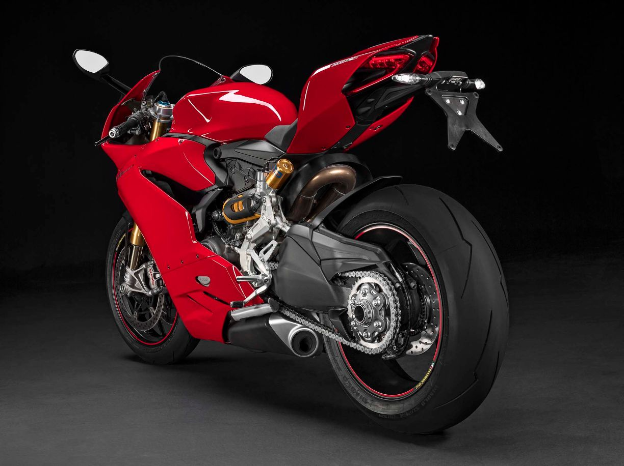 ducati @ eicma 2014: 1299 panigale, multistrada dvt, and more