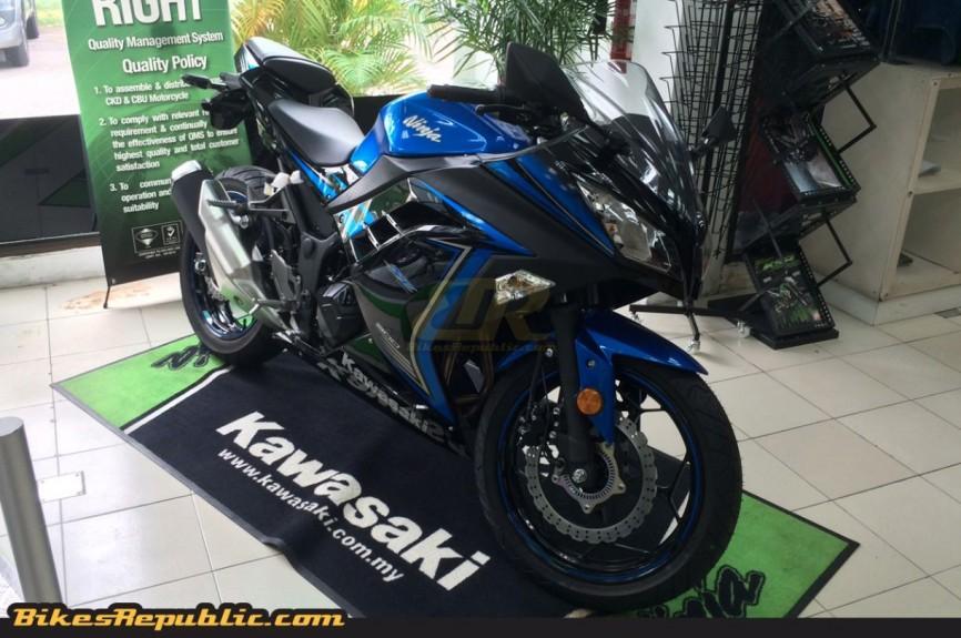 Twins Auto Sales >> Kawasaki Ninja 300 and Z 300 spotted in Malaysia!