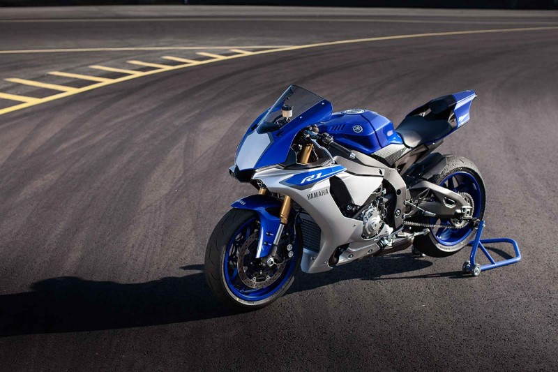 The 2016 Edition Of Annual Red Dot Award Has Named Two Bikes In Its Winners List They Are None Other Than Ducati XDiavel And Yamaha YZF R1