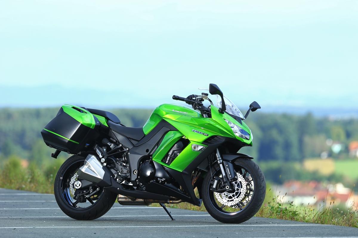Kawasaki Ninja 1000 Replacement Patent Leaked Bikesrepublic Z1000 Lighting System Circuit 130920dr5282
