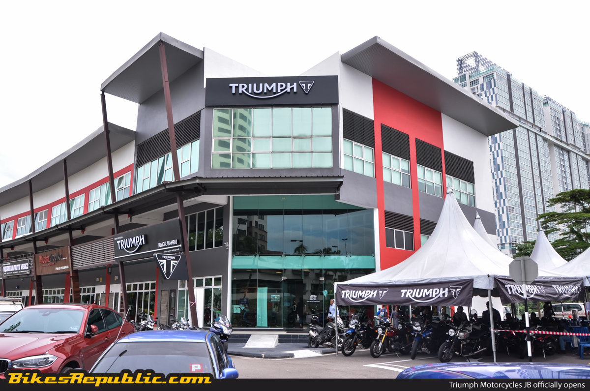 triumph motorcycles outlet