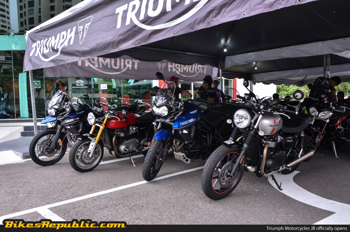 Deals on triumph motorcycles