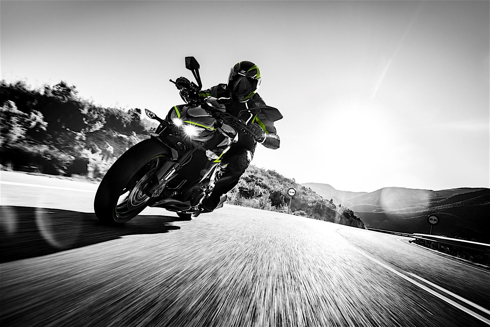 2017 Kawasaki Z1000 R revealed - BikesRepublic