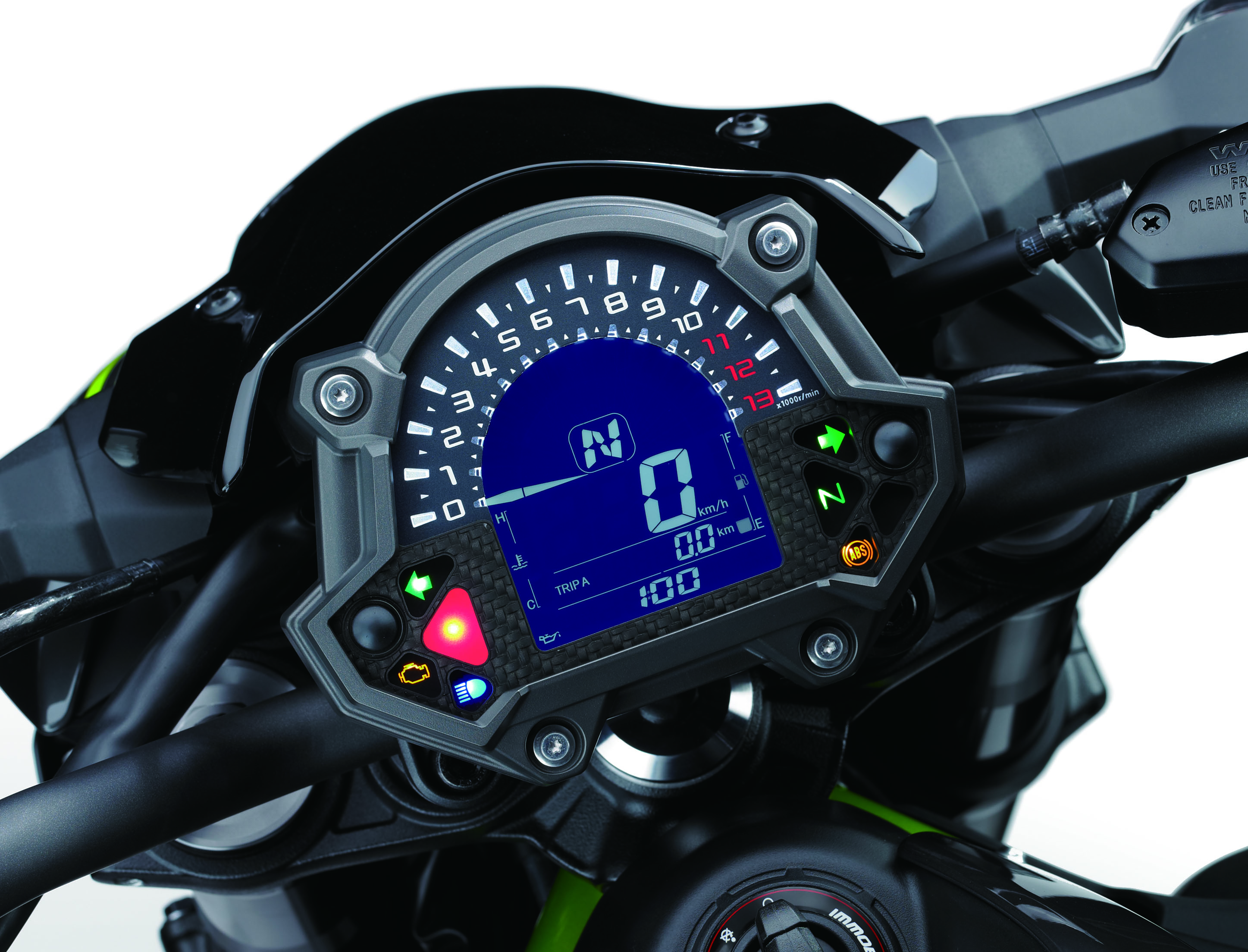 The New Z900 Also Comes With Assist And Slipper Clutch LCD Screen Analogue Tachometer Together A Shift Up Indicator Adding More Fun In