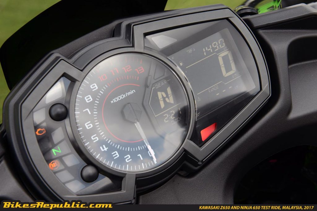 The Meter Panel Of Ninja 650 Some Key Updates Include A Digital Read Out Gear Shift Indicator Position As Well Fuel Consumption And