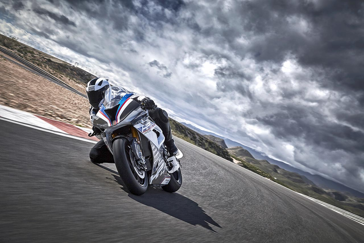 Bmw Introduces Ultra Light Superbike The Hp4 Race Rm383