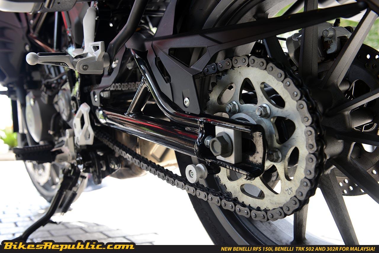 benelli trk 502 engine