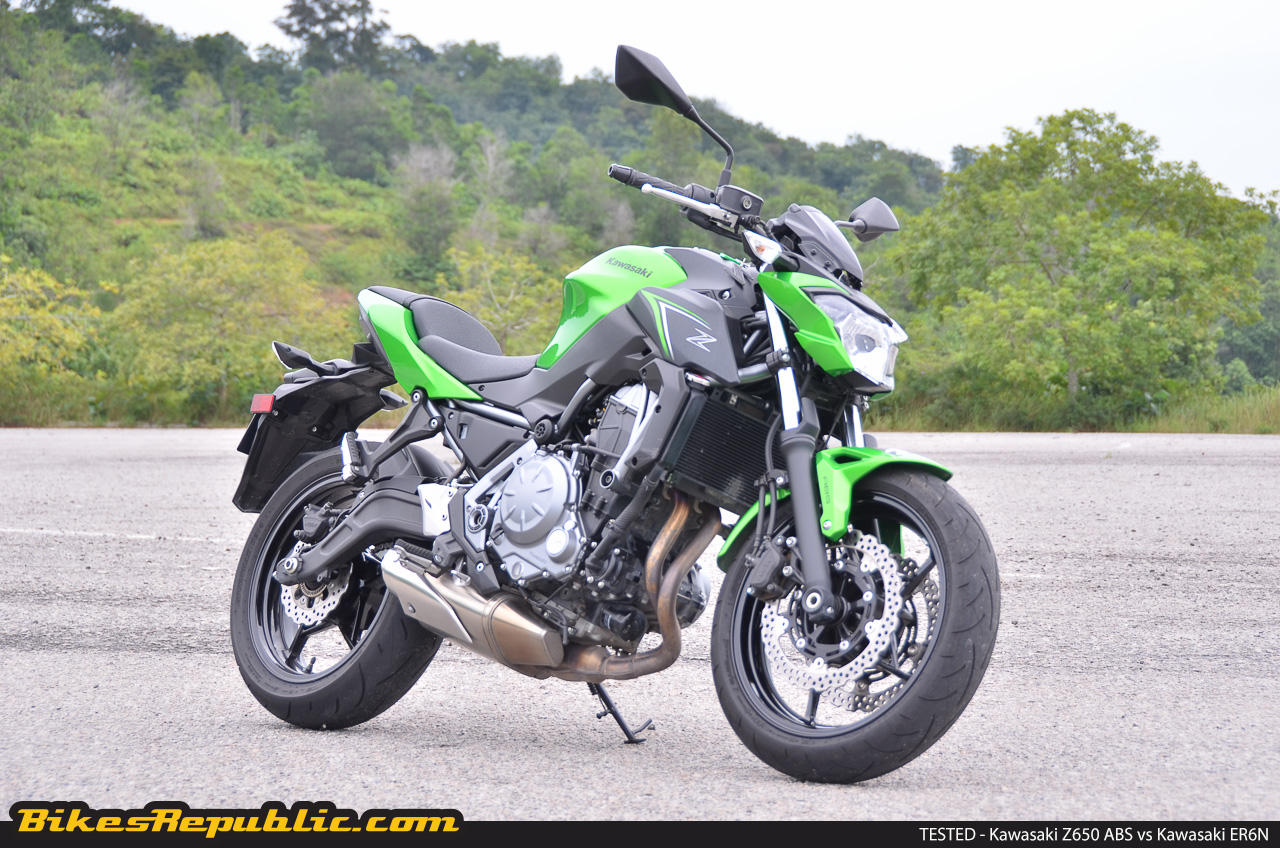 tested 2017 kawasaki z650 abs vs kawasaki er6n bikesrepublic. Black Bedroom Furniture Sets. Home Design Ideas