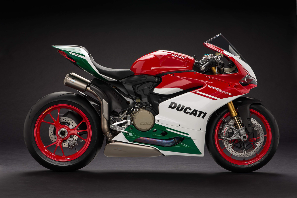 ducati 1299 panigale r final edition unveiled bikesrepublic. Black Bedroom Furniture Sets. Home Design Ideas