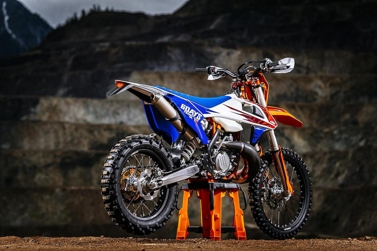 2018 ktm off road. perfect off both six days 2018 models are based on the international enduro  isde where it will be held in brivelagaillarde france for this yearu0027s round inside ktm off road t