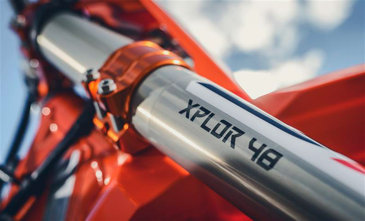 2018 ktm bikes. plain ktm the complete list of upgrades for the 2018 ktm 300 xcw six days are with ktm bikes