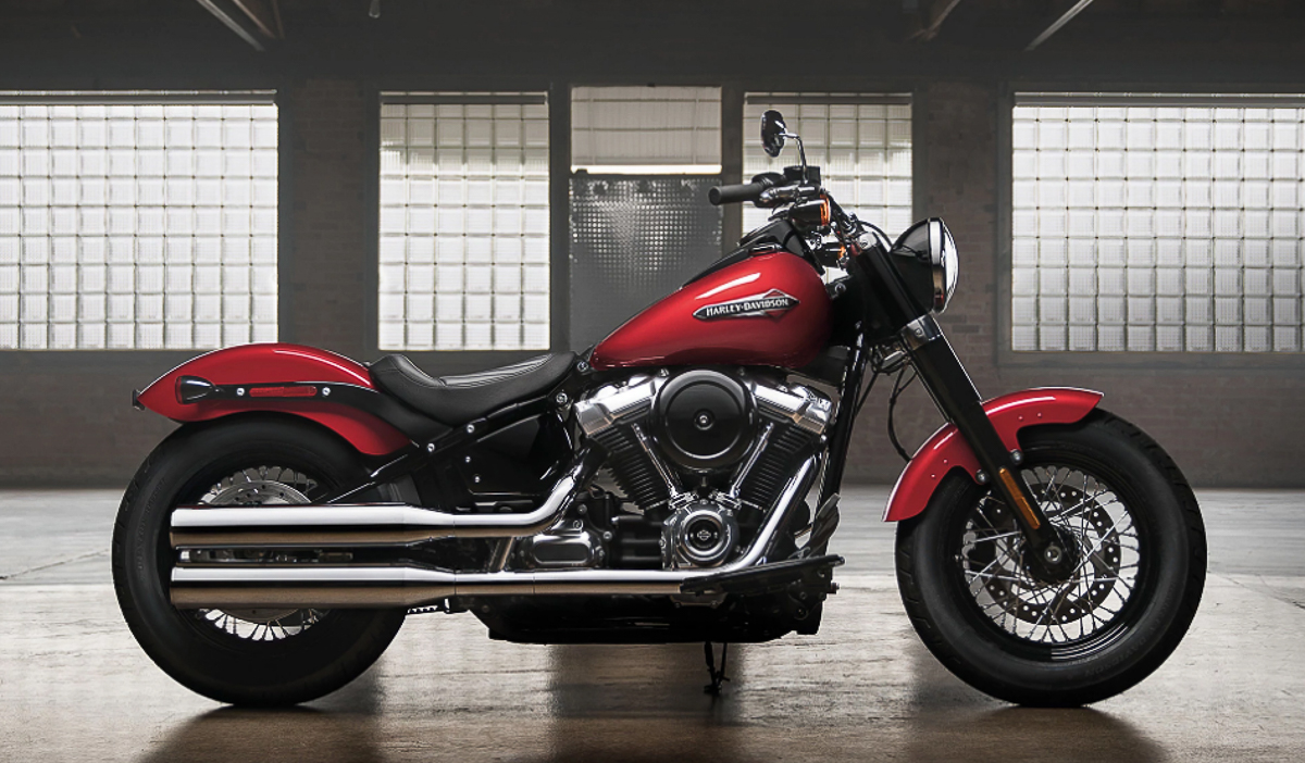 harley davidson launches eight new 2018 softail models. Black Bedroom Furniture Sets. Home Design Ideas