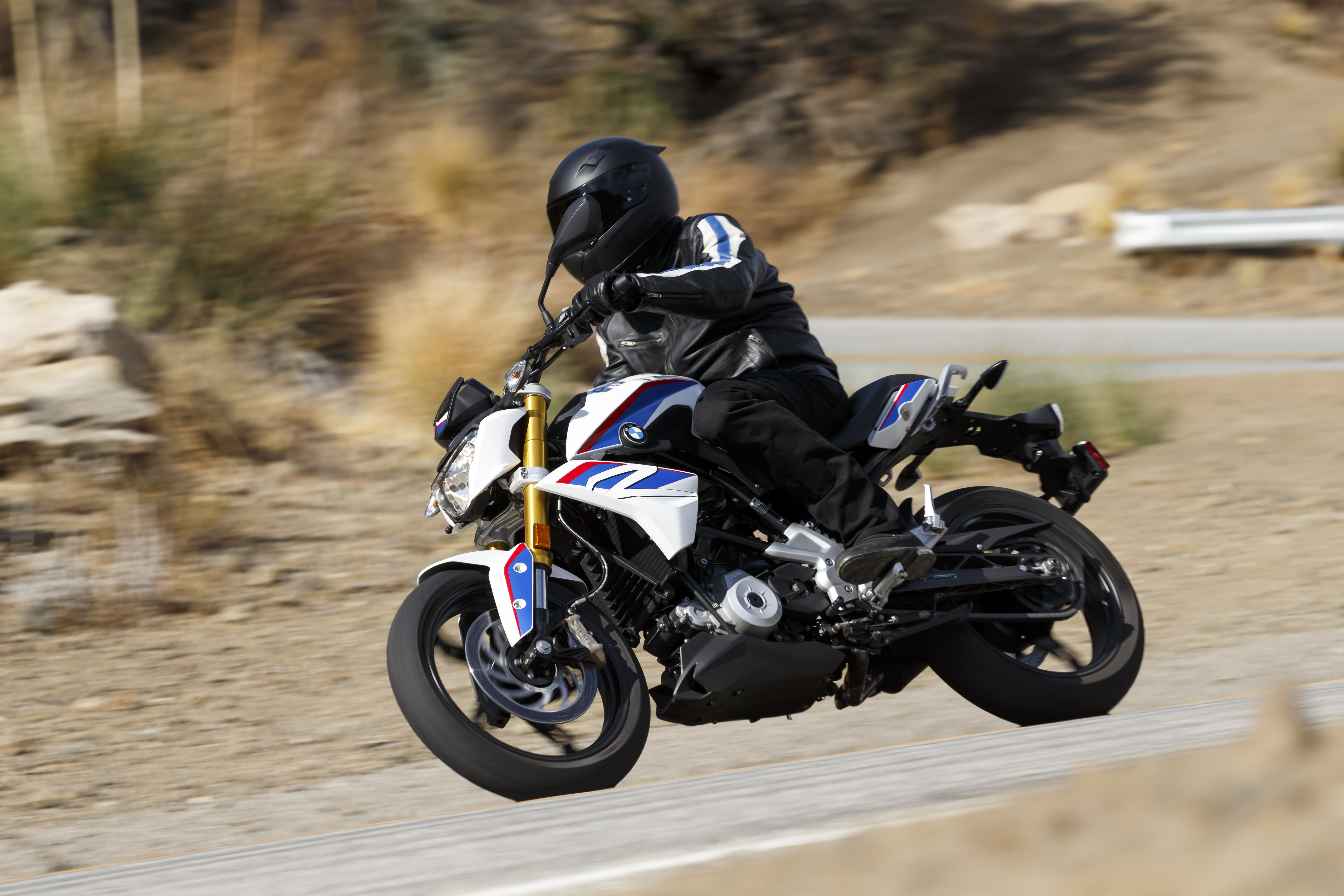 bmw g 310 r preview bmw 39 s newest roadster priced from rm. Black Bedroom Furniture Sets. Home Design Ideas