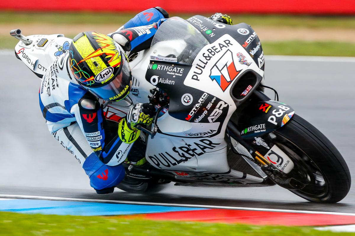 MotoGP: Karel Abraham continues with Pull&Bear Aspar Team for 2018 - BikesRepublic