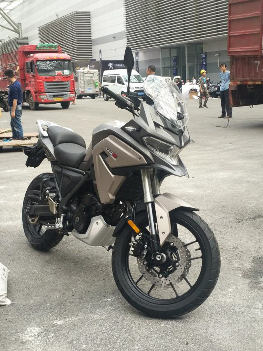 2018 loncin ds8 meet the chinese bmw g 650 gs. Black Bedroom Furniture Sets. Home Design Ideas