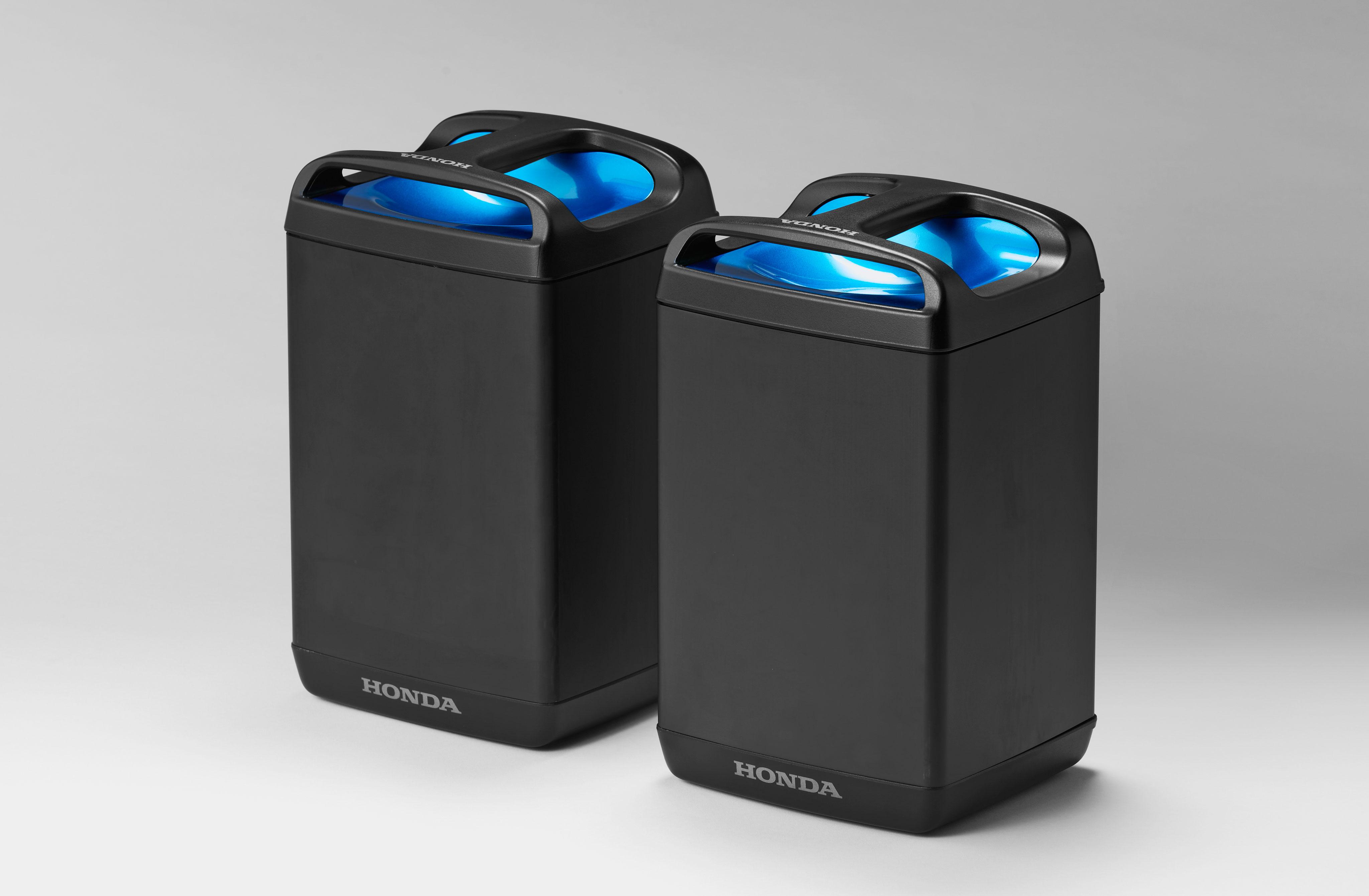 Honda pcx electric and pcx hybrid unveiled bikesrepublic for Honda battery cost