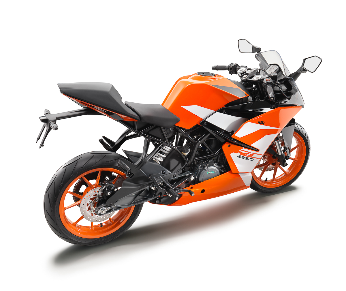 2017 ktm rc 250 ktm rc 390 officially available in malaysia from rm22 790 bikesrepublic. Black Bedroom Furniture Sets. Home Design Ideas