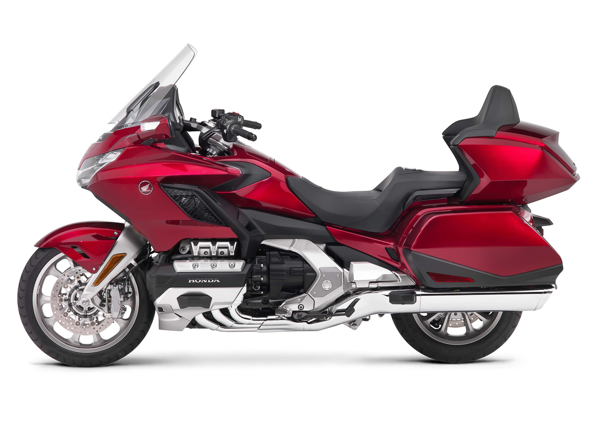 2018 honda gold wing officially unveiled from 23 500 rm99 534 bikesrepublic. Black Bedroom Furniture Sets. Home Design Ideas
