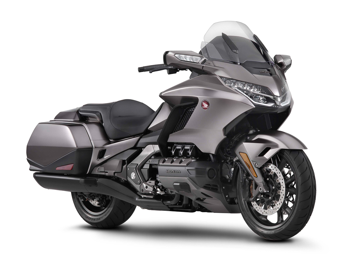 2018 Honda Gold Wing officially unveiled – From $23,500 (RM99,534)! - BikesRepublic