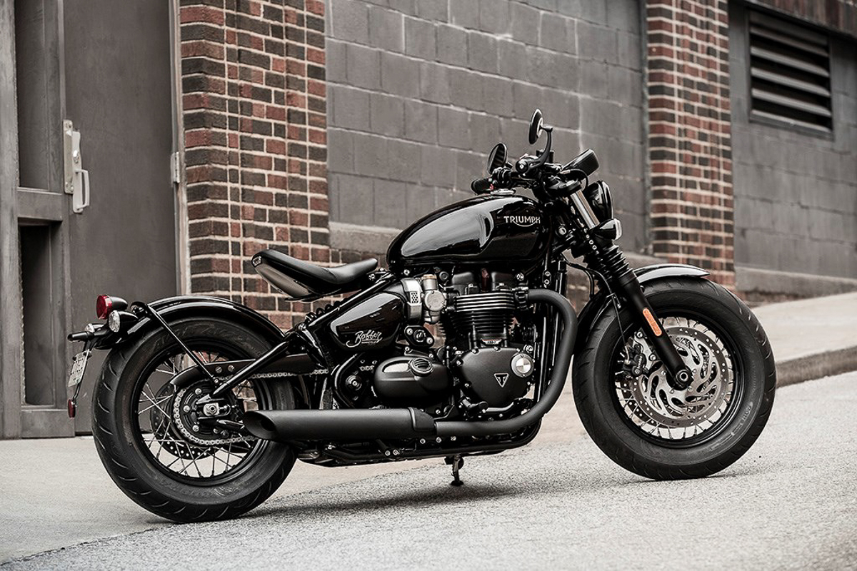 2018 Triumph Bonneville Bobber Black unleashed ...
