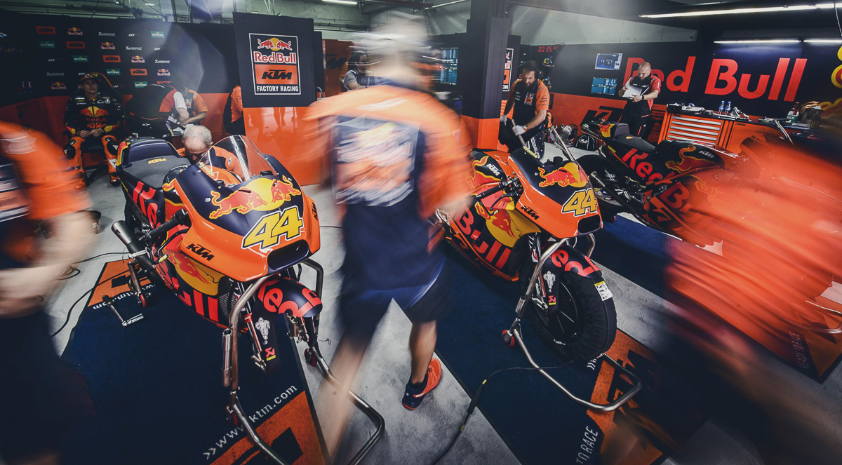 2018 ktm updates. unique updates one thing that we know for sure is when it comes to ktm they will go  all out make their riders and machines are u201cready raceu201d in 2018 ktm updates