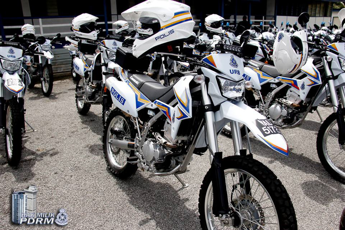 Out Of The 871 Kawasaki Bikes Received 200 These Babies Are KLX250 Scrambler Thatll Assist Our Officers To Guard Borders