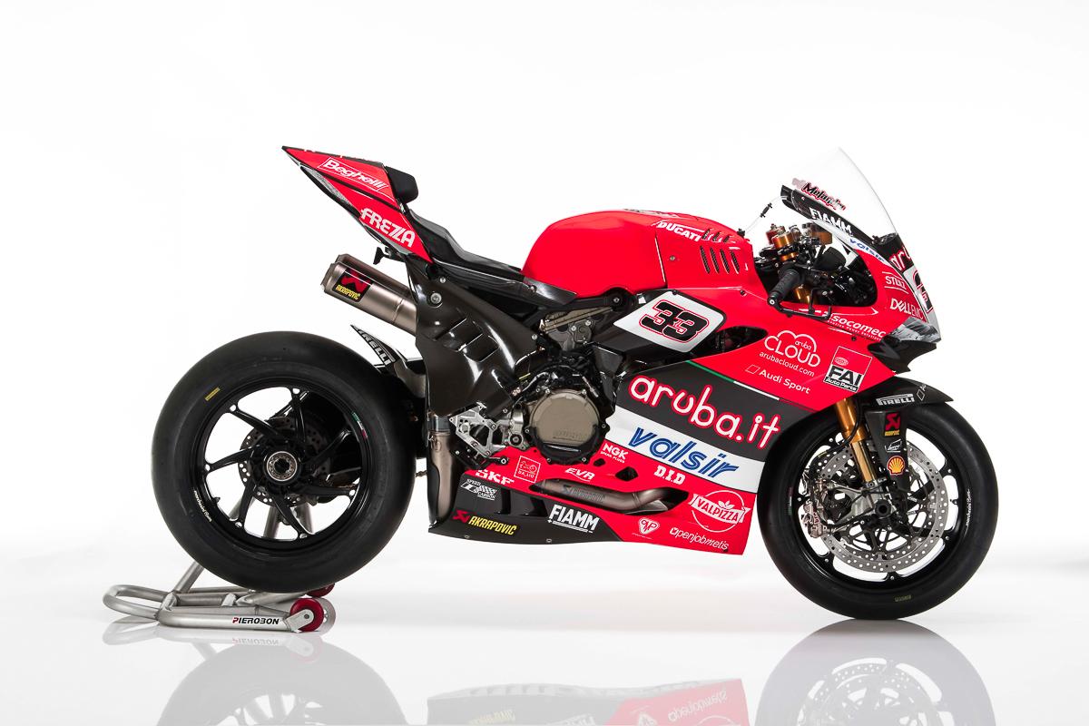 Ducati 1198s Racing Sport Bike: WorldSBK: Ducati Unveils Final Ducati Panigale V-Twin Race