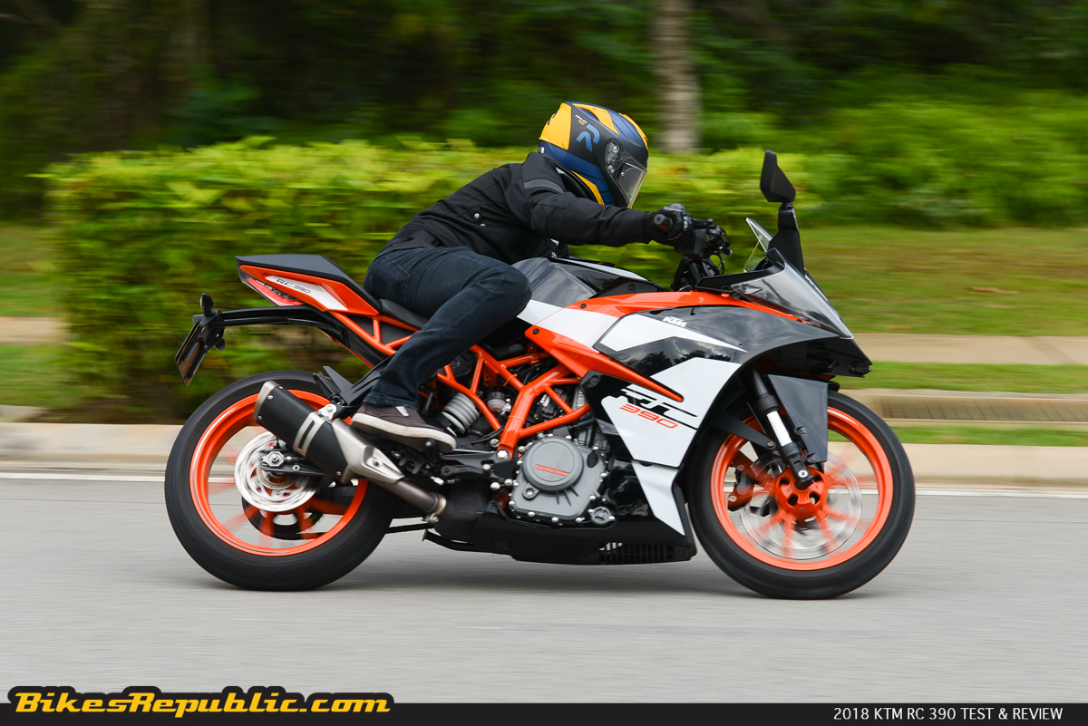 tested 2017 ktm rc 390 test review bikesrepublic. Black Bedroom Furniture Sets. Home Design Ideas