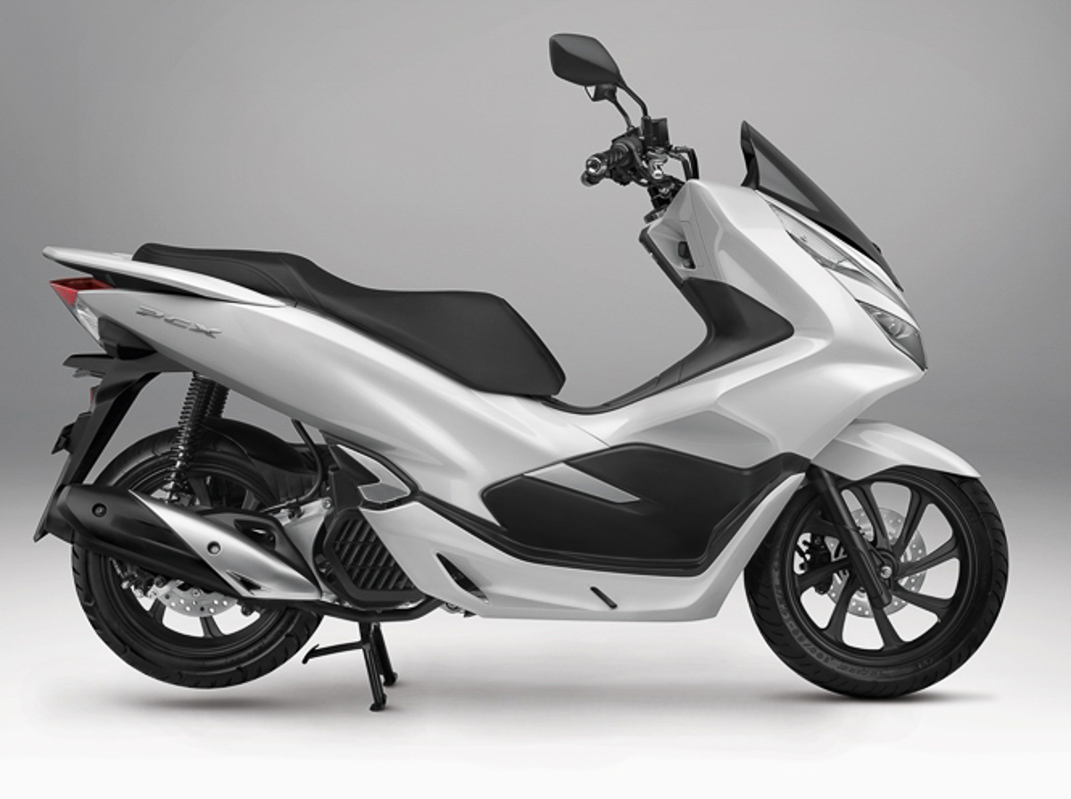 2018 honda pcx150 introduced in america rm14 341 bikesrepublic. Black Bedroom Furniture Sets. Home Design Ideas