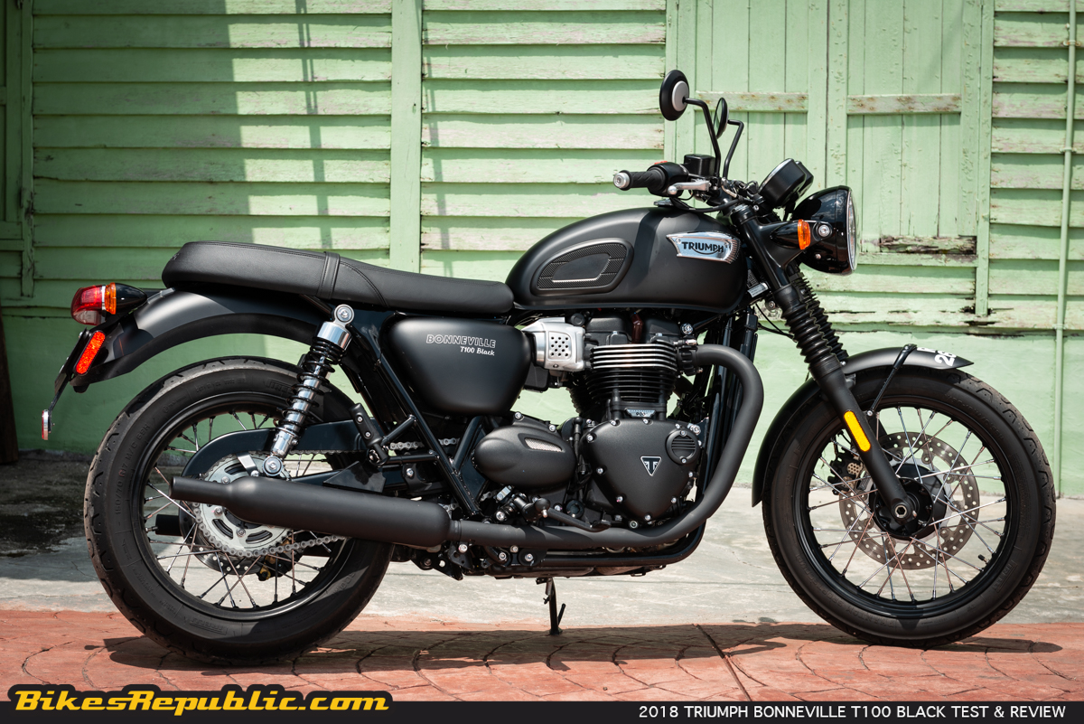 2018 triumph bonneville t100 black test review bikesrepublic. Black Bedroom Furniture Sets. Home Design Ideas