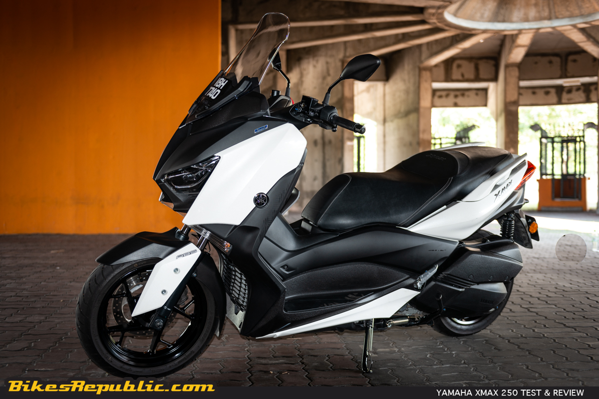 2019 Yamaha X-MAX 400 Price and Reviews | Scooter Specs
