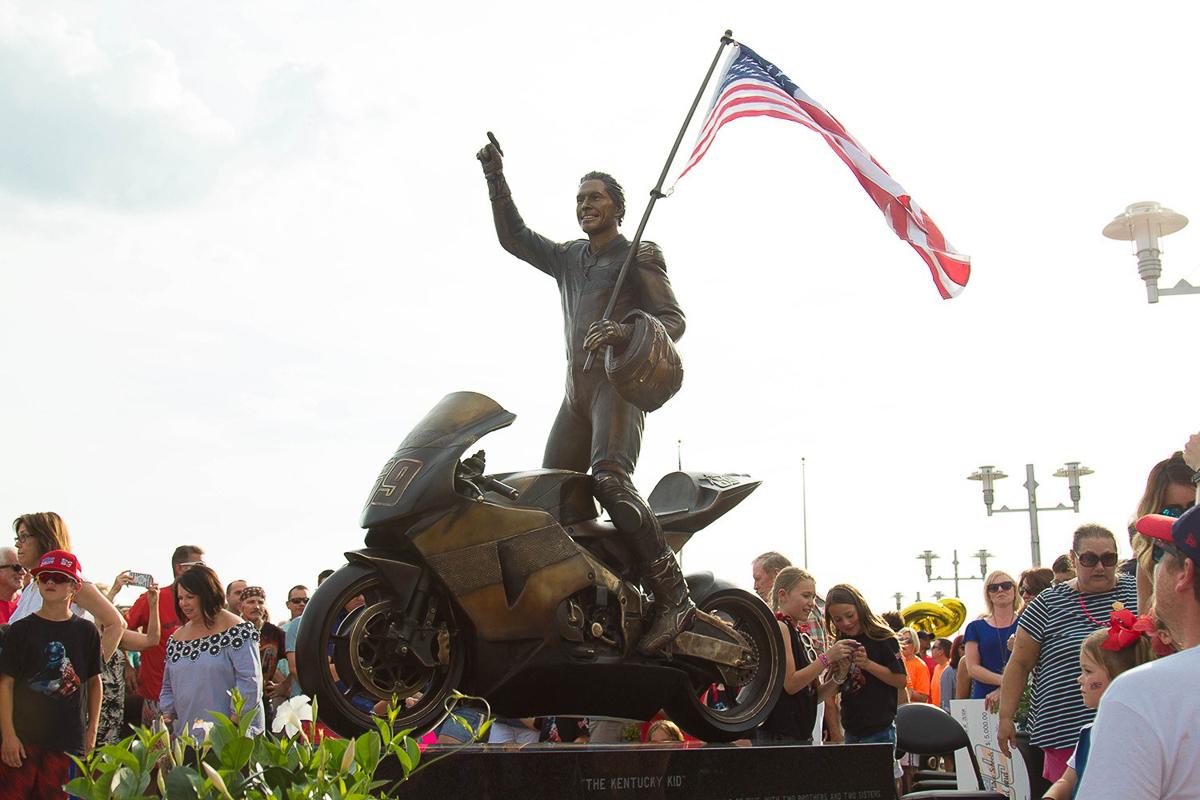 Nicky Hayden statue unveiled in his hometown - BikesRepublic