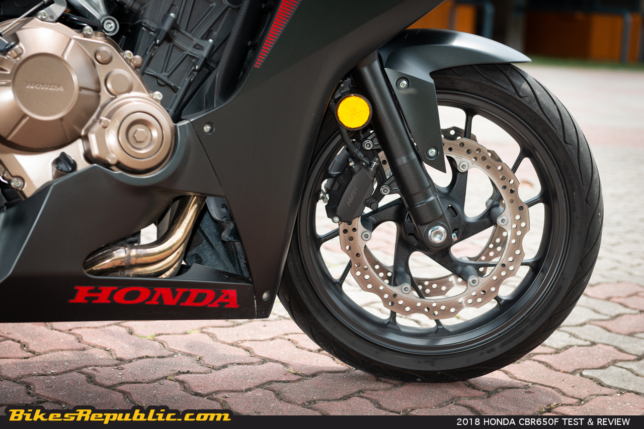 2018 Honda Cbr650f Test Review Between Two Worlds Bikesrepublic 2014 Wiring Diagram There Were A Couple Of Things That I Found At Odds With The Bike Though First Was Lcd Screens While They Arent Difficult To Decipher Id Prefer One