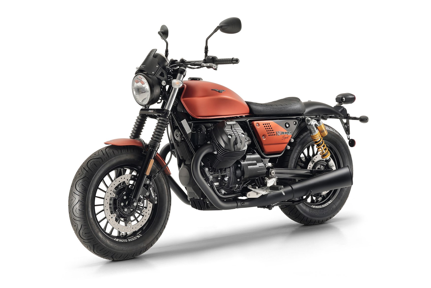 moto guzzi v9 bobber sport unveiled at intermot bikesrepublic. Black Bedroom Furniture Sets. Home Design Ideas
