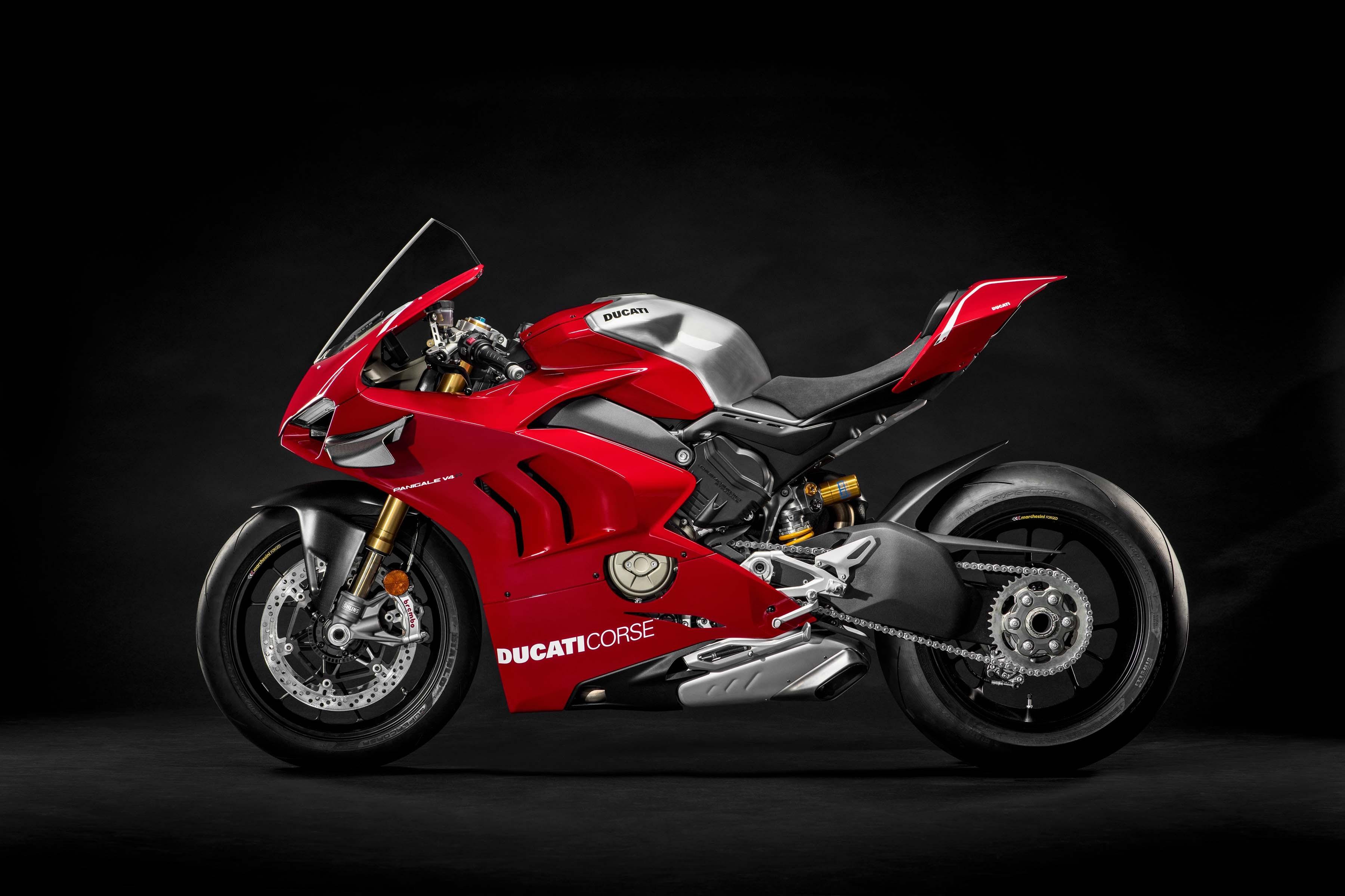 2019 Ducati Panigale V4 R Debuts at World Ducati Première ...