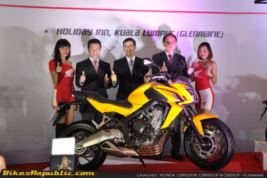 Honda launches 3 models00006