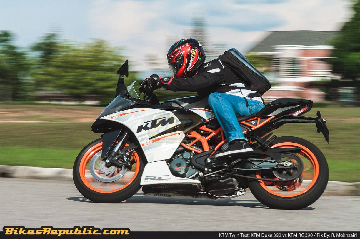 twin test ktm duke 390 vs ktm rc 390. Black Bedroom Furniture Sets. Home Design Ideas