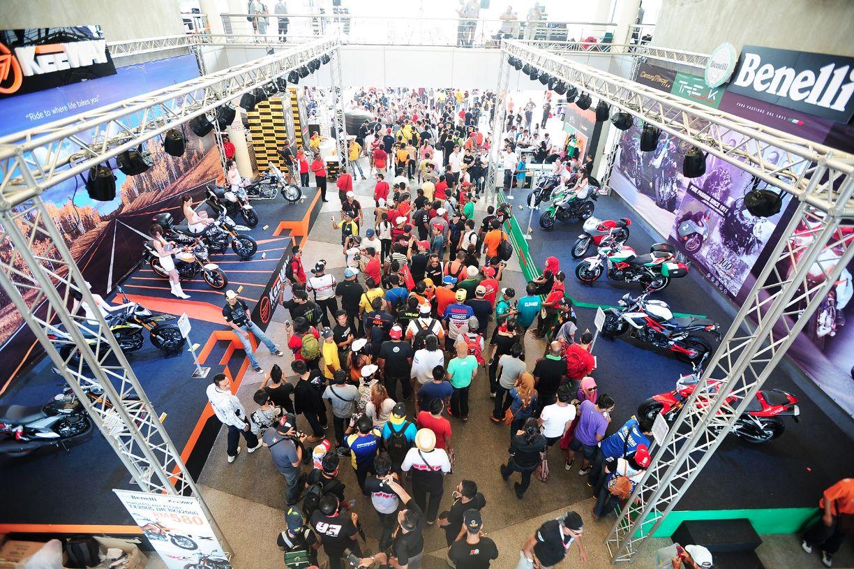 Mega Motogp Carnival  Keeway Benelli