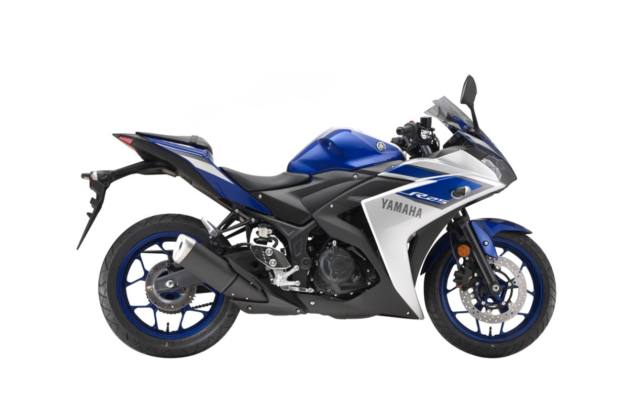 Yamaha yzf r25 malaysian preview for Yamaha yzf r25