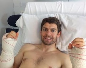 Cal Crutchlow suffers arm pump