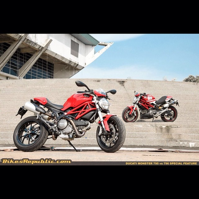 Whilst we're talking about 'family' relations, have you read our comparison of the Monster 795 and 796? Check it out on our site! #ducati #ducatimalaysia #nextbike #monster #795 #796 #monster795 #monster796 #naked #italian #vtwin #bikesrepublic #instabikes #motoring #malaysia