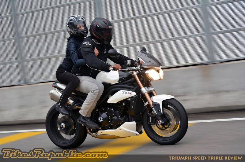 Bikes-Republic-Triumph-Speed-Triple-Review-1