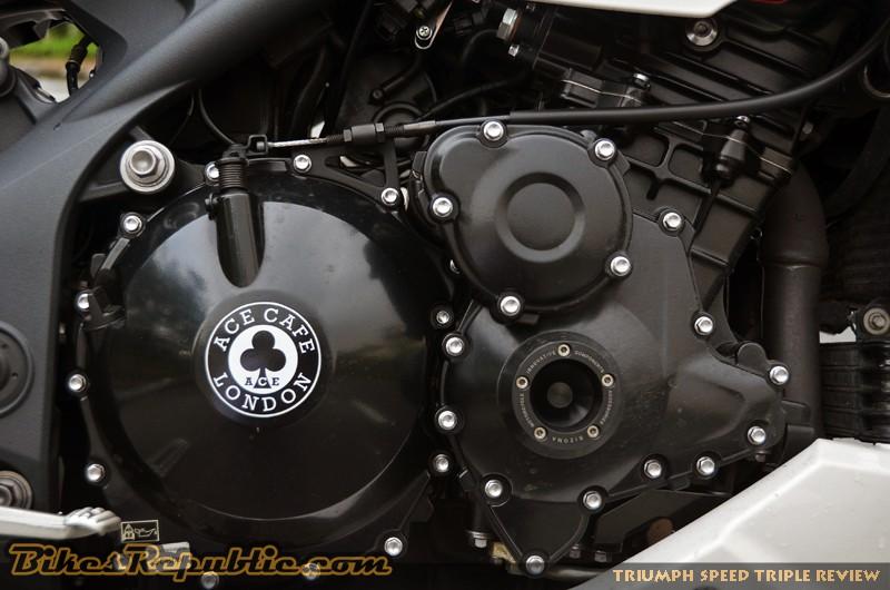 Bikes Republic Triumph Speed Triple Review (8)