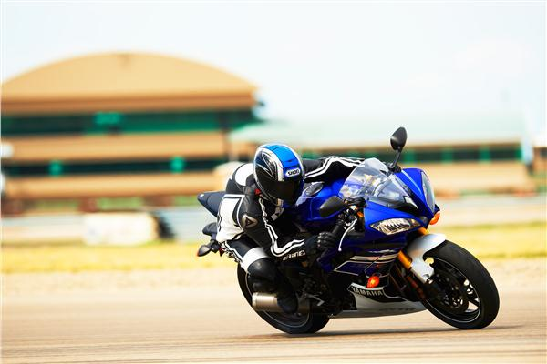 Yamaha to continue R6 production