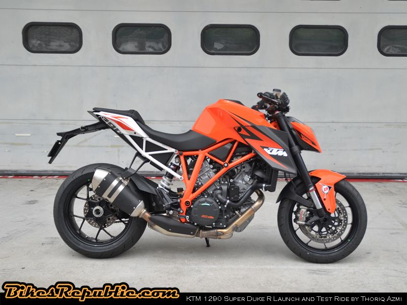 KTM_SuperDuke001