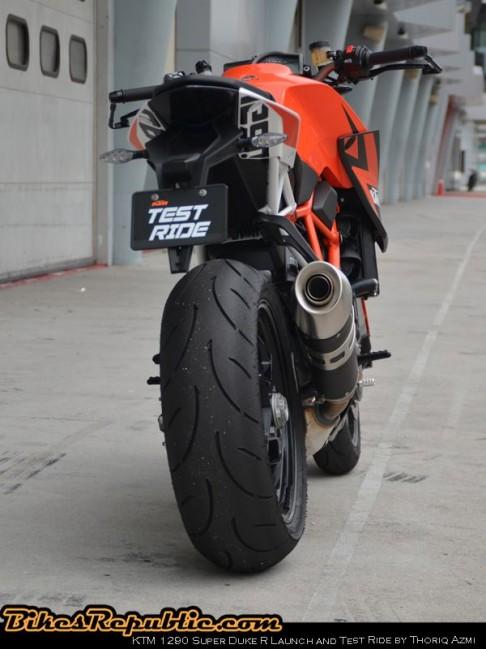 KTM_SuperDuke004