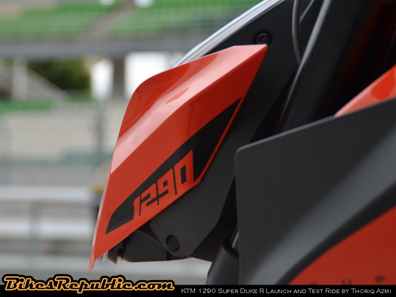 KTM_SuperDuke007