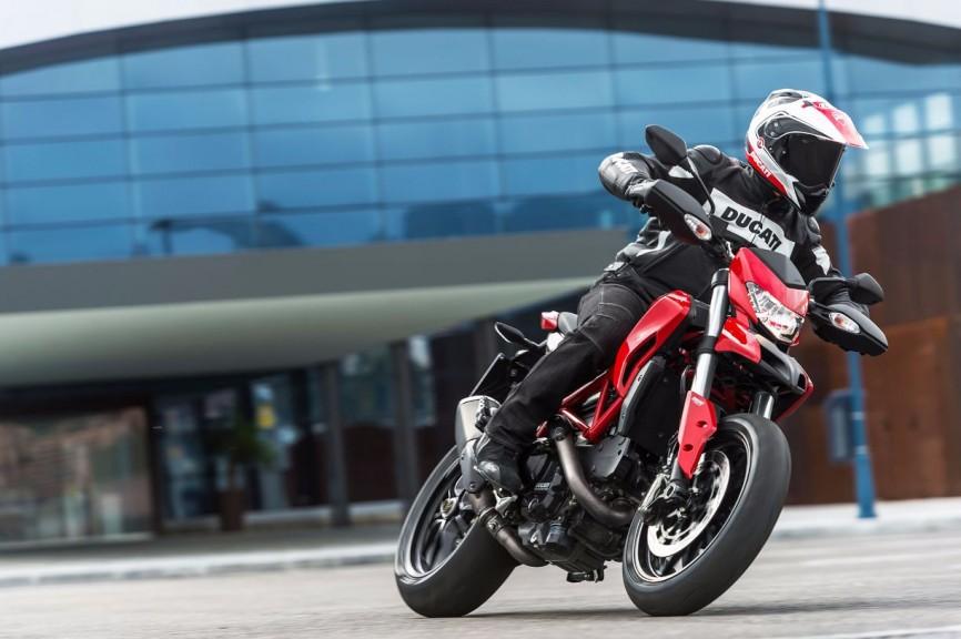 2014-Ducati-Hypermotard1
